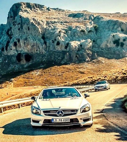 Mercedes-Benz SL 65 AMG (Instagram @mercedesamg)